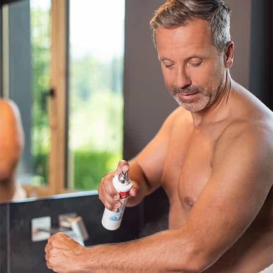 Miravera® - Refreshing Skin Water used by a man for fresh skin