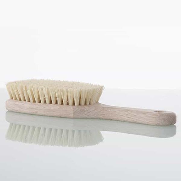 Robert Gray–Skin Brush 650