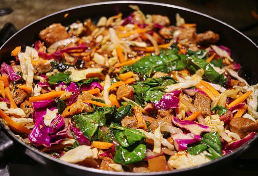 Asian-Style Lamb Stir-Fry with Chlorella